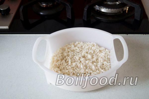 рис в чаше для пароварки
