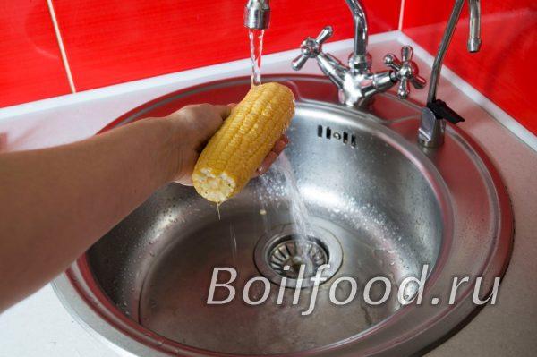 промыть кукурузу