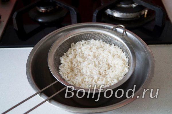 рис стекает