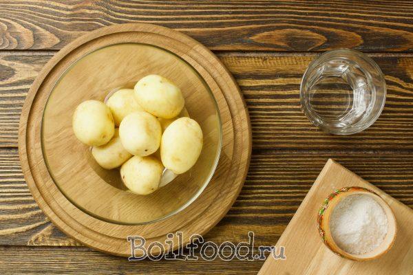 картошка в миске