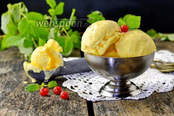 Бананово-ягодное мороженое